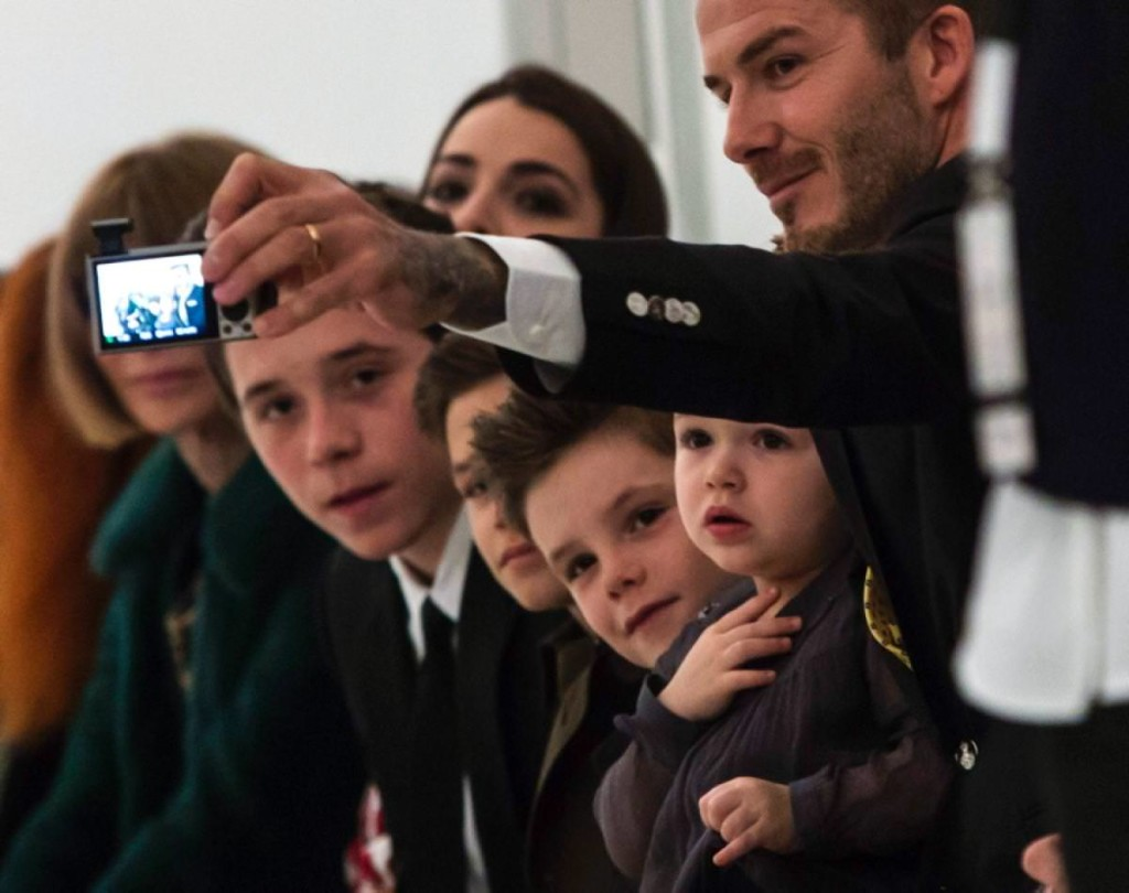 david-beckham-brooklyn-romeo-cruz-harper_mini