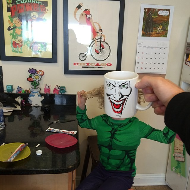 kids-superheroes-breakfast-mugshot-lance-curran-15_mini
