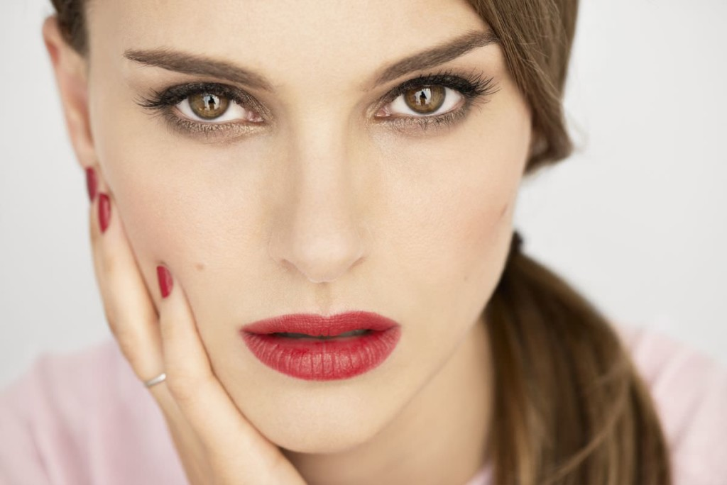 natalie-portman-at-2013-dior-photshoot_1_mini