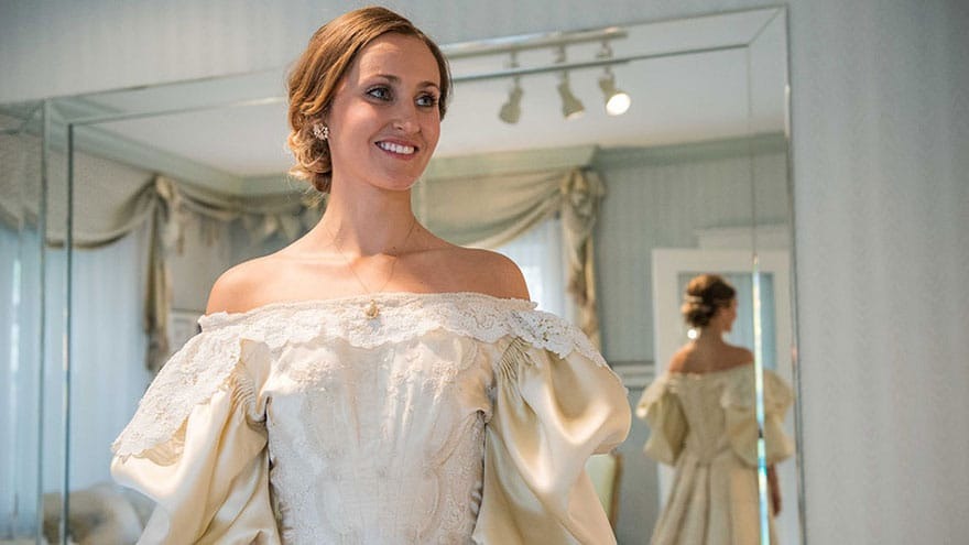 heirloom-wedding-dress-11th-bride-120-years-old-abigail-kingston-11