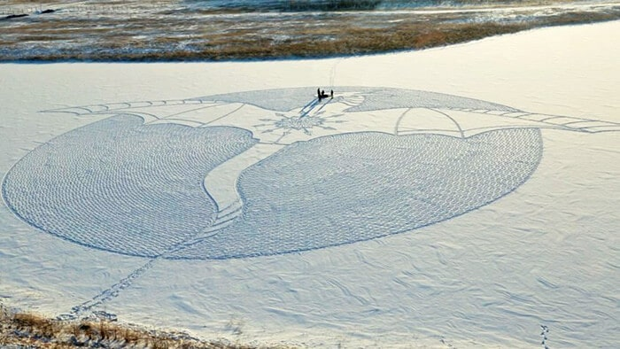 snow-dragon-land-art-siberia-simon-beck-drakony-6