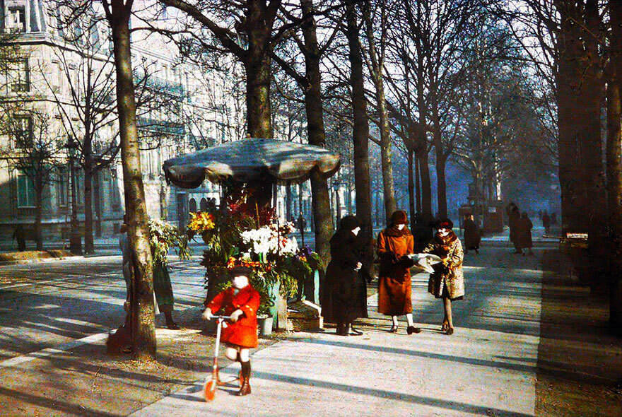 vintage-color-photos-paris-albert-kahn-96__880_mini