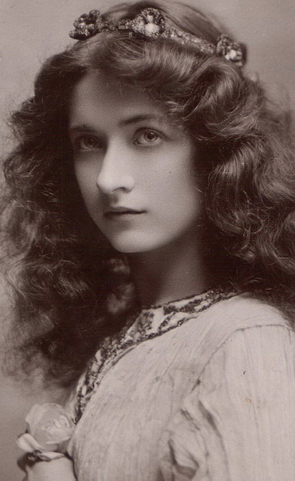 beautiful-women-edwardian-era-1900s-2