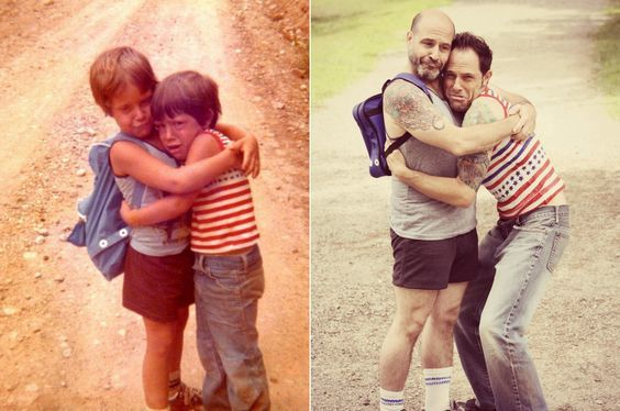 30-hysterical-family-photo-recreations-22