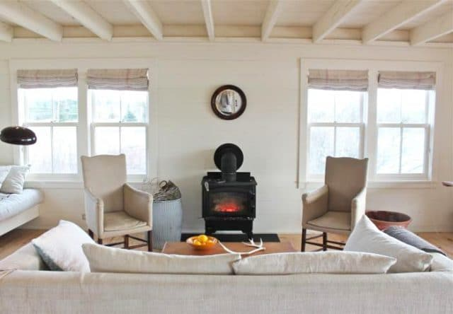 700_harbor-cottage-living-room-yellow