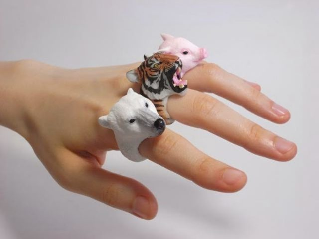 Hedgehog - Ring - ritebook.blogspot.com -001