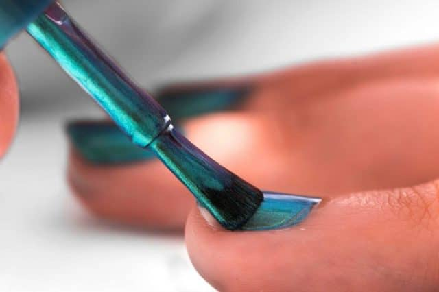 06-nail-color-gem-1024x682
