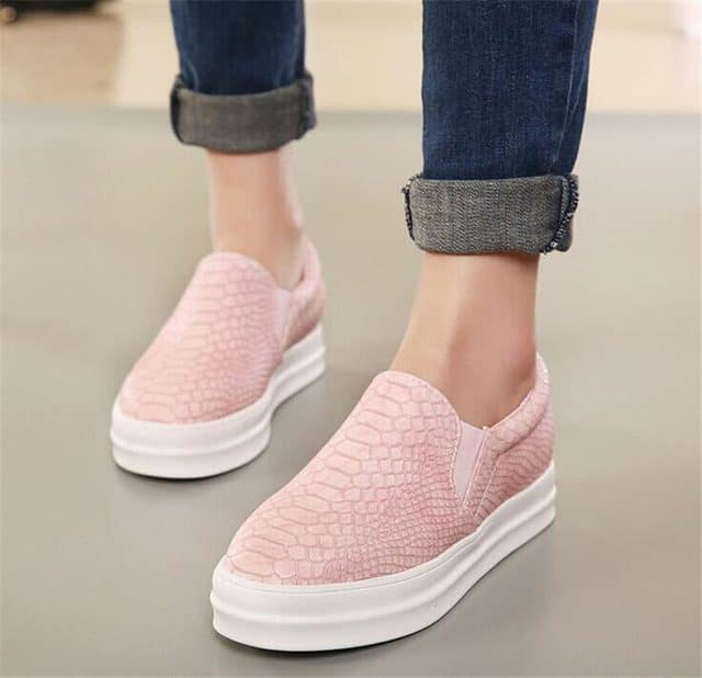 2016-New-women-flats-Women-Slip-On-Snake-skin-Flats-Casual-Loafers-Platform-Round-Toe-Moccasins.jpg_640x6402016-New-women-flats-Women-Slip-On-Snake-skin-Flats-Casual-Loafers-Platform-Round-Toe-Moccasins.jpg_640x640